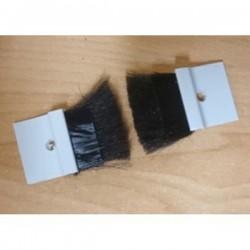 Cepillo guía-cintas todo metal con embellecedor para cinta de 22 milímetros