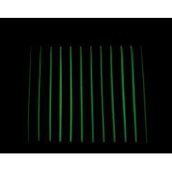 Cortina cinta fluorescente detalle bordes oscuridad