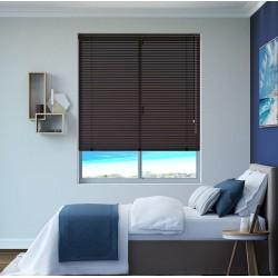 Veneciana de 16 mm en habitación sencilla